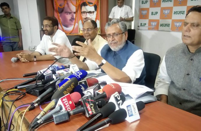 Bihar land scam: BJP seeks dismissal of Lalu's children from Nitish Kumar's cabinet