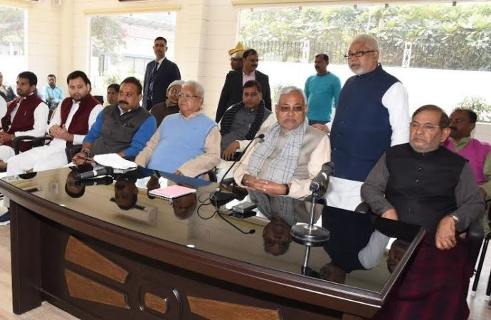 As tension mounts in NDA, Nitish Kumar gets fresh offers to join Grand Alliance