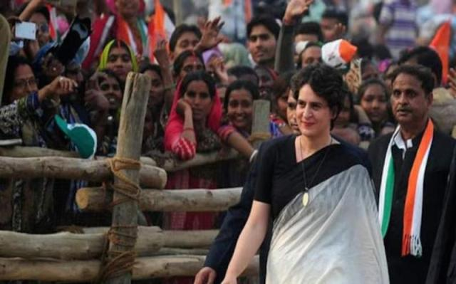 I stand by my husband, says Priyanka after dropping Robert at ED office