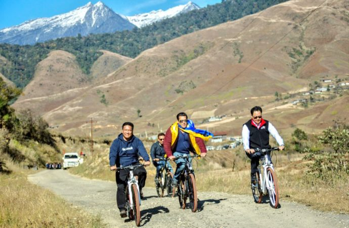 Salman Khan enjoys cycling with Kiren Rijiju in scenic Arunachal Pradesh