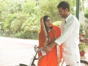 Tej's romantic photo with Aishwarya on cycle reminds Bollywood movie