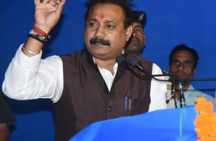 Ex-Congress chief Chaudhary 'odd man out' at JD-U's feast on Makar Sankranti