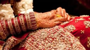 Bride rushes out from wedding venue, commits suicide over dowry issue