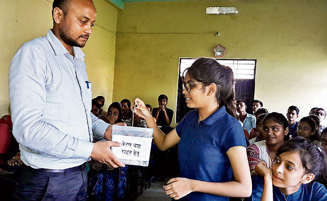 Bihar girl donates her B'Day gift to Kelara flood victims, earns wide praise