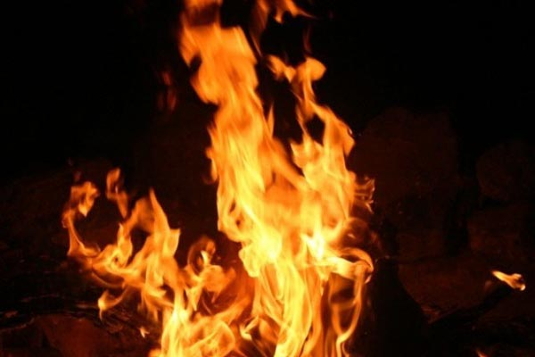 Married man elopes with another woman in Bihar, burnt to death