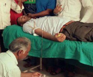 Indian man breaks Ramdan fast to save boy suffering from thalassemia