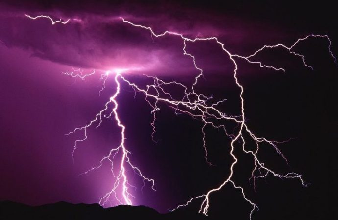 Lightning, thunder threats loom large over Bihar, Jharkhand this Holi: Skymet