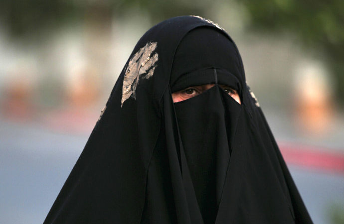 Villagers shocked after Bihar-born engineer caught clad in burqa on Aligarh station