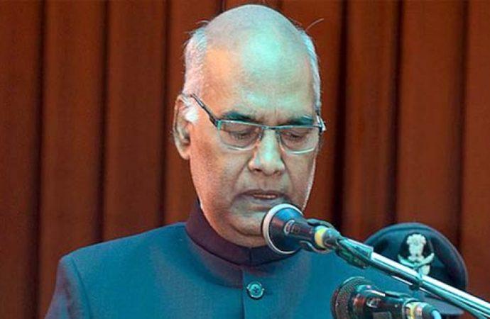 JD-U delegations meets President Kovind over special status to Bihar