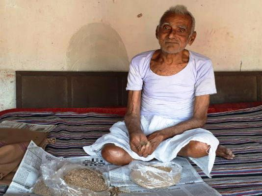 This Indian villager can't survive without eating sand everyday!
