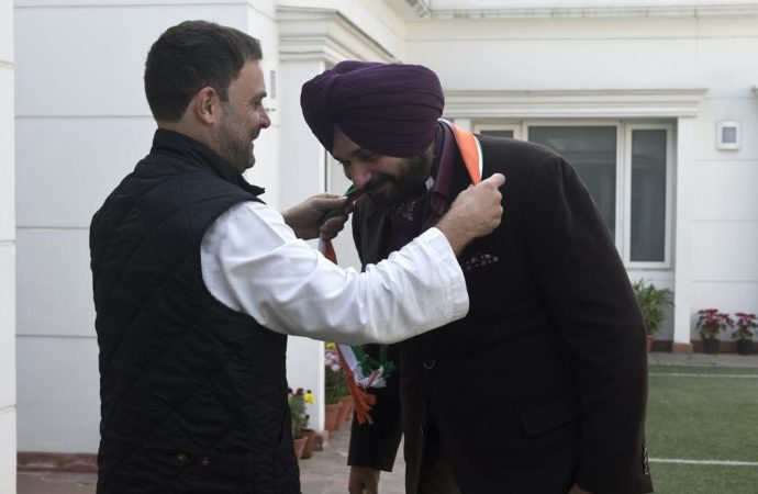 Navjot Singh Sidhu joins Congress ahead of Punjab elections