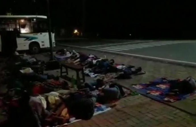 Schoolchildren on Patna tour made to sleep along road at night, principal suspended