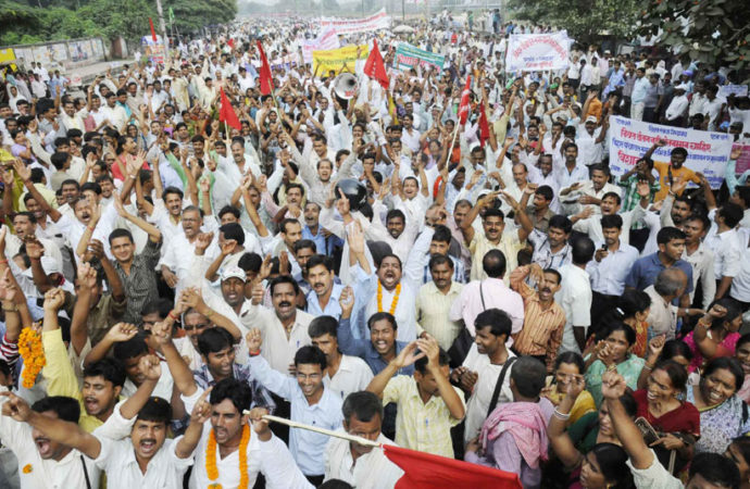 Teachers declare 'war' as Bihar govt moves SC against lower court's order over 'equal salary'