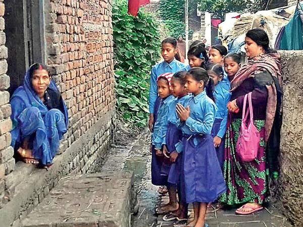 Bihar schoolchildren get unique 'homework'-arranging toilets at home!