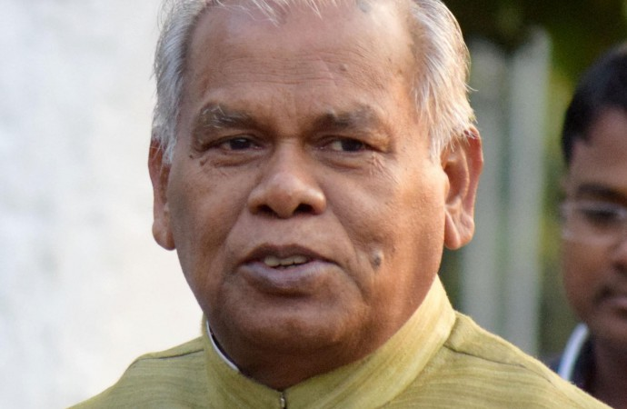 Bihar Dalit leader Manjhi gets quick 'reward' for joining RJD camp