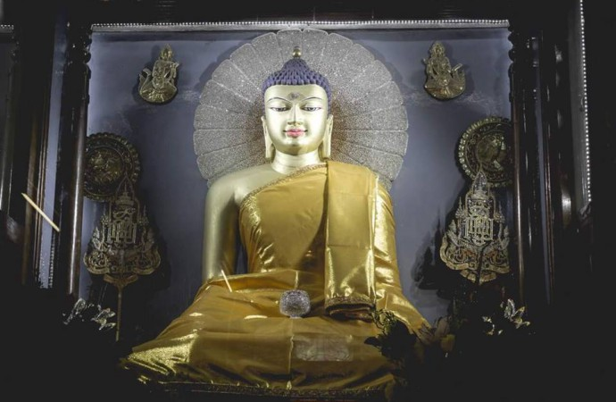 Rare Buddha statues stolen from a temple in Bihar