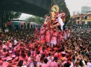 Thousands bid tearful adieu to 'Lalbaugcha Raja'