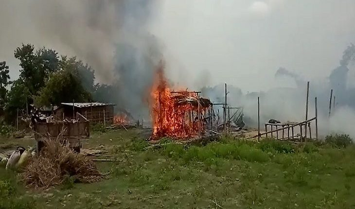 Upper caste strongmen set afire 25 houses of Dalit villagers to grab land in Bihar