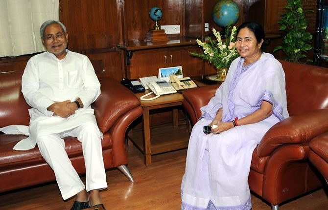 Mamata's praise for Nitish: Is something cooking between two old political friends?
