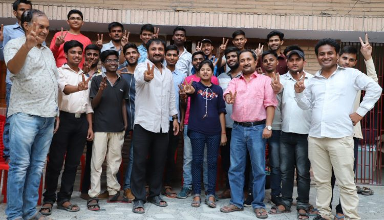 'Super 30' proves its charisma once again, 18 students out of 30 make it to IIT