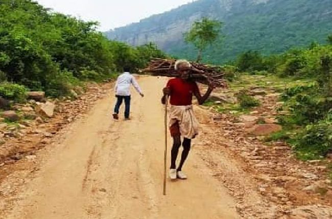 Inspired by mountain man, Bihar villagers tear apart rocky hills to carve out 2.5 km-long road