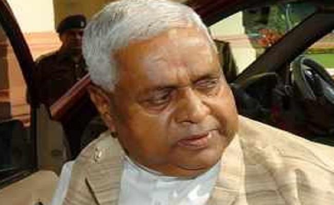 Setback for Congress as vigilance files charge-sheet against ex-Speaker Sadanand Singh