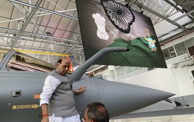 India gets Rafale from France, India gets Rafale, Rajnath Singh gets Rafale France, Rafale France India Rajnath Singh, Rafale worship France Rajnath Singh