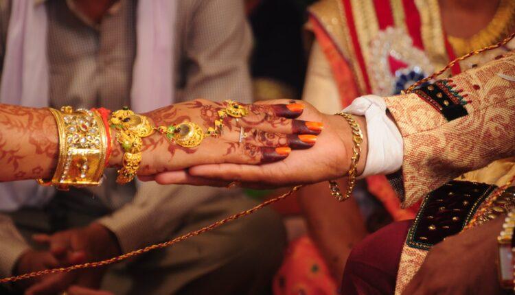 wedding, holi wedding, amazing wedding, love marriage, bihar, bihar news