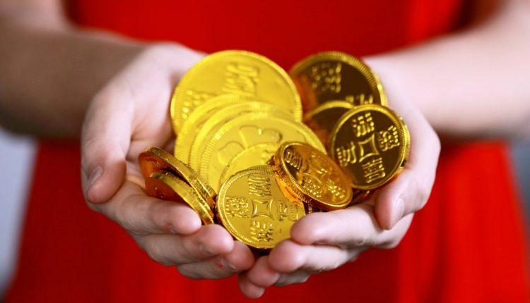 gold coins, gifts, vaccination gifts, Bihar, Sheohar, COVID-19, covid, Bihar