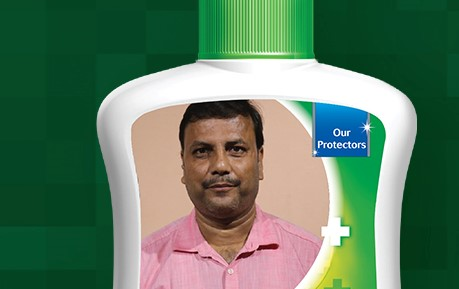Bihari who arranged 250 COVID-19 victim cremations gets featured on Dettol products