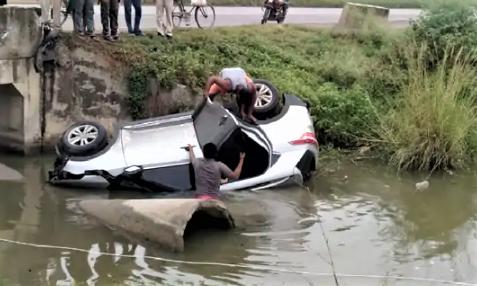 tourists, Kaimur accident, Kaimur tourists, Bihar, Kashmir